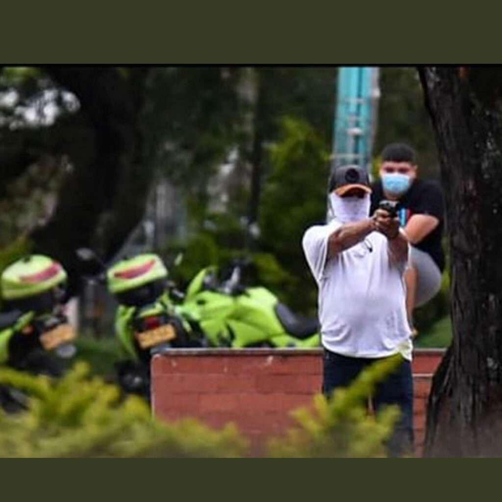 Policía habría matado al menos a 20 manifestantes en el paro nacional